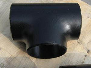 产品名称 :碳钢三通